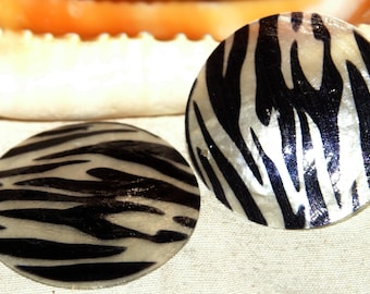 Beads X 2 hand painted Zebra round Pearl sequins