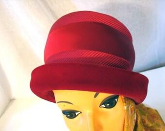 80s Red Velvet Satin Hat Sz S Sz M
