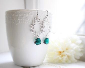 Emerald green stone earrings, Wreath earrings, Emerald earrings, Bridesmaid earrings, Bridesmaid gift, Wedding earrings, Mothers day gift