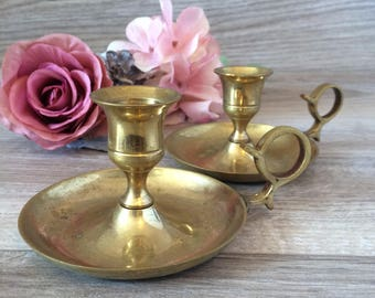 Set of 2 Vintage Brass Candle Holder / Pair of Romantic brass candle holders with handle / Vintage farmhouse, cottage, french country decor
