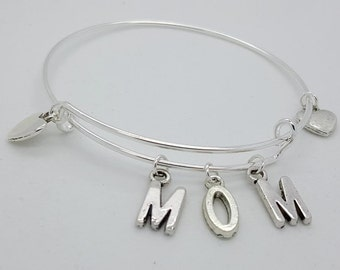 Mom silver bangle, Mom charms bangle, mothers day gift, mom to be gift, mom and hearts silver bangle bracelet, mom bracelet, name bangle