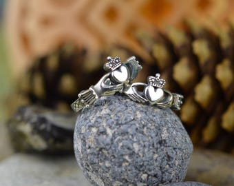 Claddagh ring. Celtic heart ring. Irish Heart Ring. Heart In Hands. Heart With Crown. Celtic Ancient Engagement Wedding Ring.