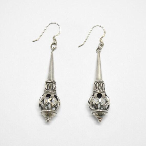 Pendant boho silver earrings - vintage jewelry - drop earrings - silver earrings - vintage silver earrings