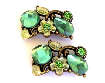 Green 2 hole slider beads, floral green, two hole buttons, spacers, peridot and light olivine stones, flower design, 25mm x 15mm, qty 2