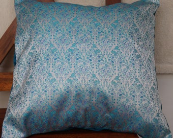 Damascus series has: Cushion cover 40x40cm (16 x 16 inches) in silk brocade and blue dupioni silk