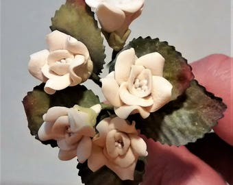 FF-133 Dusty Cream Colored Polymer Clay Roses