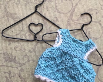 4 Inch Wire Hanger With Heart Center Great for Dolls Clothes, Black Hanger, Heart Center Wire Hanger, Little Hanger