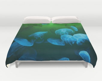 MOON Jellyfish Duvet Cover, Ocean Decorative bedding, Blue Green Bedding, Nautical Decor, Coastal bedroom, Surf, Water, Underwater, Vivid