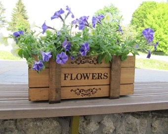 Flower box Wooden planters Rustic home decor Floral decor Wooden crate Wooden box Keepsake box Wooden storage box Woodwork Home gift idea