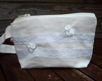 White Linen and Lace Make Up Bag, Zipper Pouch, Cosmetic Bag, Handmade, White Lace Women, Organize