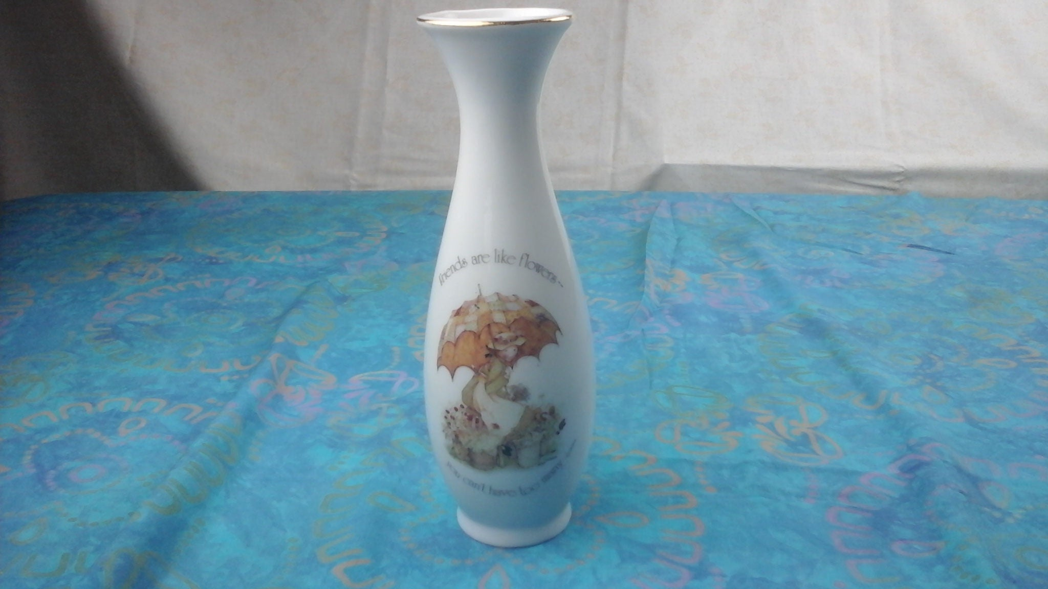 Porcelain holly hobbie flower vase friends are like description genuine holly hobbie porcelain vase reviewsmspy
