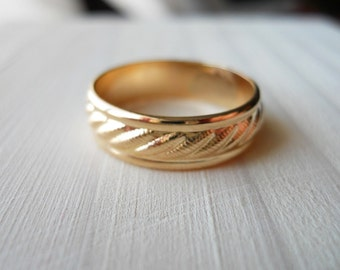 Pattern Band Ring 5mm wide 14k Gold Filled