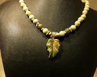 Necklace, Prehnite, Ceramics, Silver  4044