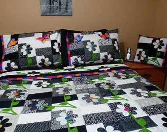 one of a kind  handquilted double quilt set