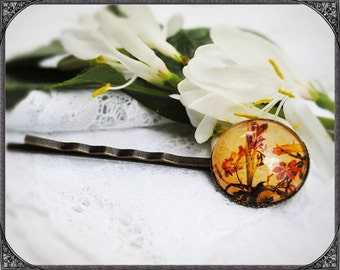 Cabochon flower hair pin Sword Lily