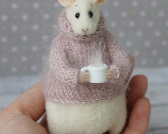 Felted Mouse, Felted animal, Mouse With a Cup, Needle Felted Mouse, Cute Felted Mouse, Eco Toy