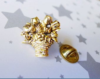 Tulip Pin, Basket of Tulips, Flower Brooch, Antiqued Gold, Flower Basket, Tie Tack, Bouquet Pin, Floral Arrangement, Flower Basket Pin