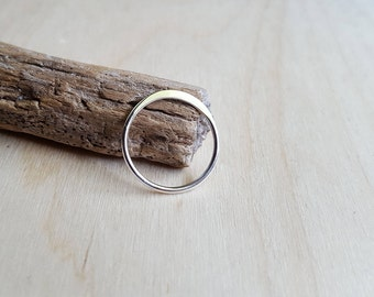 Silver Arc Ring - Argentium Silver - Peak Ring - Stackable Ring - Silver Ridge Ring - Hypoallergenic Stacking Ring - Lightweight Everyday