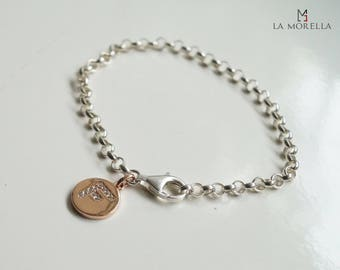 Silver bracelet with personalized letter plate