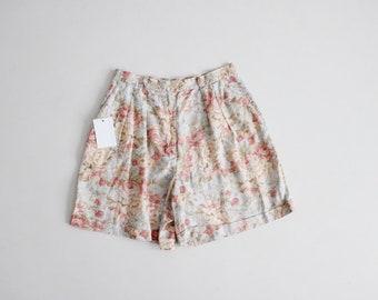 pastel floral linen shorts | pleated floral shorts | floral print shorts