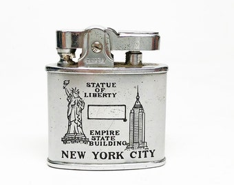 WORKING NYC LIGHTER - Working Etched New York City / Empire State Building / Statue of Liberty 1950s Firefly Souvenir Lighter