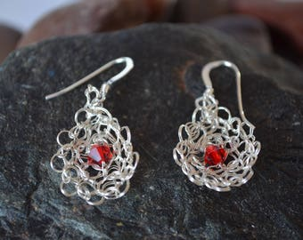 Silver earrings, Stud Earrings hand knitted silver wire, gift mother's day, red earrings, knitting, crochet, Peru