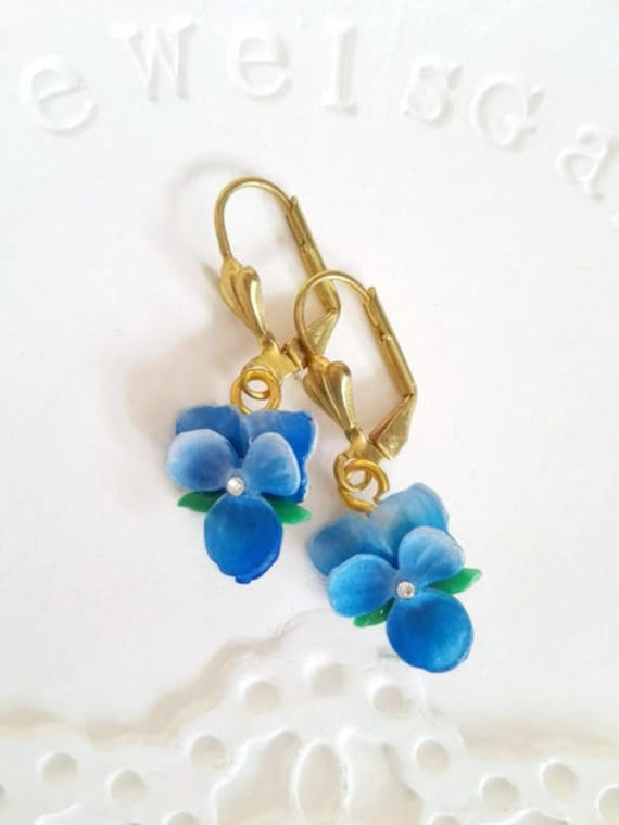 Gift for grandma birthday violet earrings gift for wife pansies dangle earrings gold Delicate pansy Vintage blue flower earrings green