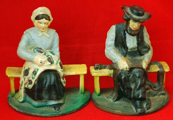 Reduced: Vintage AMISH BOOKENDS Ca 1920S/'30s In Original Paint, Very Collectible, Amish Couple, Cast Iron, Excellent and Useable Condition
