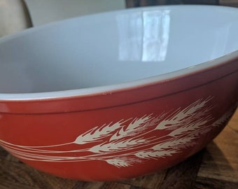 Pyrex Burnt Orange Wheat Bowl