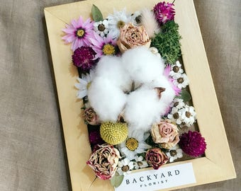 SALE/ Preserved Flower and Dried Flower Frame Arrangement/ Floral Arrangement/ Preserved Roses/ Cotton Flower/Perfect Decoration for Rooms