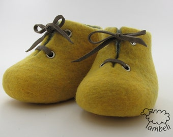 Felted baby shoes, Yellow and grey booties,  Crib shoes, Handmade, Photo prop,  Pram shoes,  Baby gift,  Merino wool, Unisex, Newborn baby