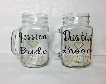 Personalized Bride and groom mason jar, bridal party, Customized Wedding Glass, Country Rustic, Wedding party glasses