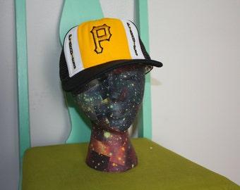 Pittsburgh Pirates Trucker Baseball Cap.  80s Retro MLB Baseball Snapback Hat. Black and Yellow 80s Baseball Hat