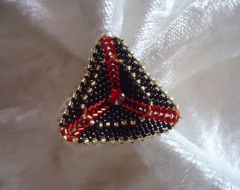 BAGUE TRIANGLE PEYOTE