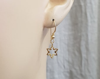 Jewish Star of David Earrings, Tiny Gold Star of David Jewelry, Magen David Minimalist Earrings, Judaica Jewelry, Delicate, Gift for Her