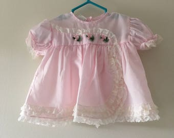 Vintage Pink Baby Dress with Bloomers/ Vintage Pink Baby Dress with White Lace Details/ Vintage Baby Dress/ Baby Dress Size 6-9 Months
