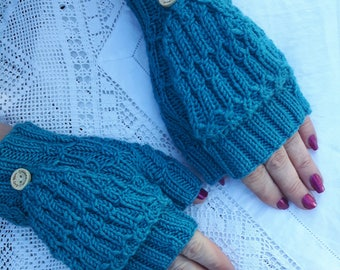 Merino, cashmere and silk fingerless mittens with flap