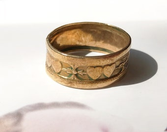 Vintage heart cigar band ring | 1930's brass Uncas double heart and arrow bohemian ring | bohemian love friendship ring | size 7 3/4
