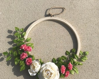 Embroidery hoop flower wreath