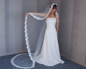 """FREE SHIPPING, Mantilla Veil with lace, Cathedral veil, Chapel length veil, 108"""" Cathedral length, Veil for Cathedral, Ivory Wedding Veils"""