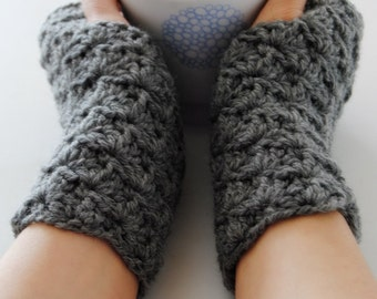 Grey fingerless gloves, crocheted, handmade, ready to ship