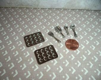 1:12 scale Dollhouse miniature metal kitchen items