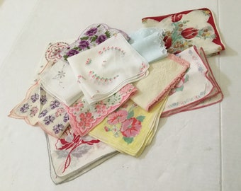 Vintage Handkerchiefs / Lot of 12