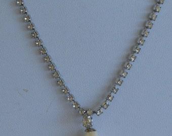"Elegant Vintage Faux Pearl, Rhinestone Necklace, Silver tone, 18""  (AD13)"
