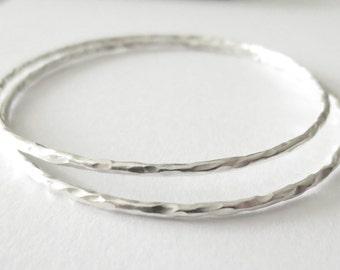 Pair of Handmade Hammered Sterling Silver Bangle Bracelet, 2 Skinny shinny Hammered Silver Bohemian Stackable Bangles,Slim Bracelets