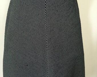 Chevron black & white A-line skirt Size 14 Gigi Melbourne