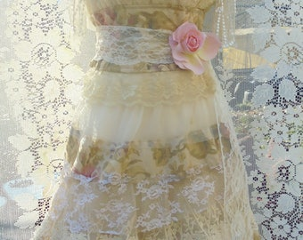 Roses lace dress wedding tiered  tulle strapless floral  vintage  boho  bride outdoor  romantic small   by vintage opulence on Etsy