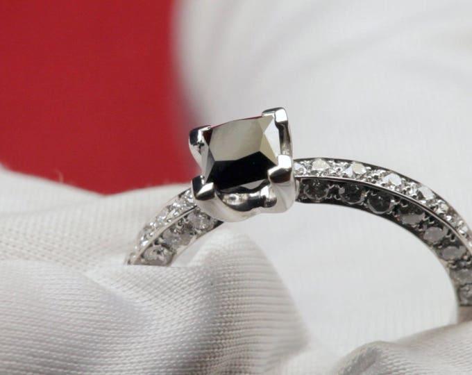 Anillo Diamante Negro - Oro Blanco 18 Qt