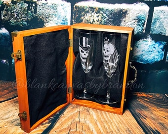 Skull Glasses, Skull Wedding Glasses, Bride and Groom Skulls, Wedding Glass Gift Set, Champagne Glasses, Toasting Glasses