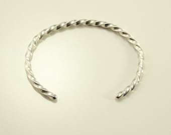 Vintage Twisted Sterling Silver Wire Cuff Bracelet